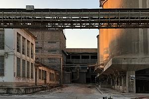 """Mesa Redonda: """"La cementera de San Vicente y el potencial del patrimonio industrial"""""""