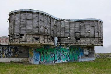 Parador Ariston, la triste historia de una joya de la arquitectura que agoniza en los acantilados de Mar del Plata