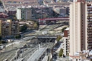 El pacto sobre la deuda del AVE: Fomento paga y acepta el parque y el nuevo barrio en dos fases