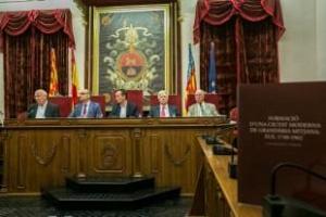 Gaspar Jaén presenta su recorrido a 222 años de historia urbana en Elche