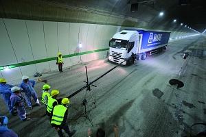 Mapei también está presente en la realización de la Galleria Sparvo y del túnel de base, la obra emblemática de la Variante de Valico, en la Autopista A1.