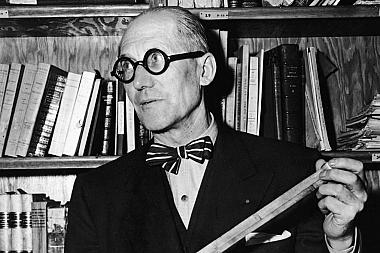 Retrato de Le Corbusier en sus cartas