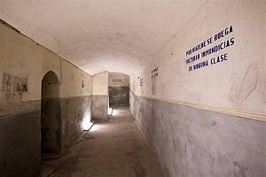 El patrimonio militar de Alicante y sus ejes de desarrollo: el espejo en el que Elche no se mira