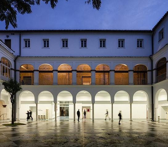 Espacio de creación y exposición de Arte Contemporáneo . Sevilla . Sevilla . España