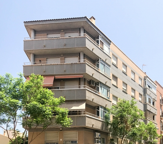 Edificio de 13 viviendas . San Vicente del Raspeig . Alacant . España