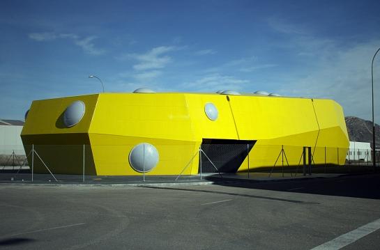 Oficinas comerciales y almacén de servicio para las oficinas . Monóvar . Alacant . España