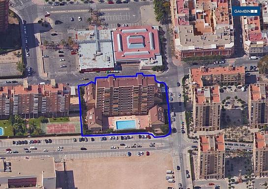 Edificio para 56 viviendas en C/Pardo Gimeno . Alicante . Alacant . España