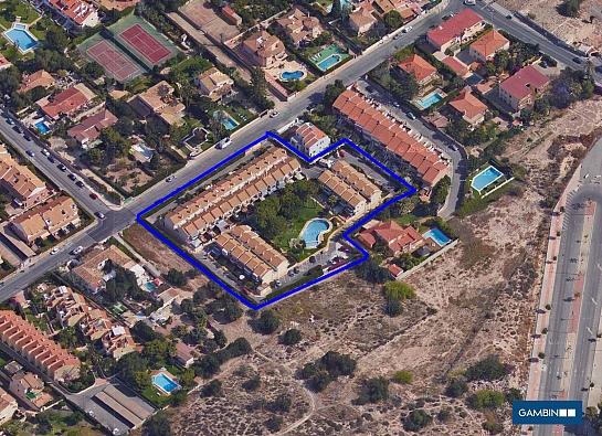 Urbanizacion para 45 bungalows en Av. Capiscol . San Juan de Alicante . Alacant . España