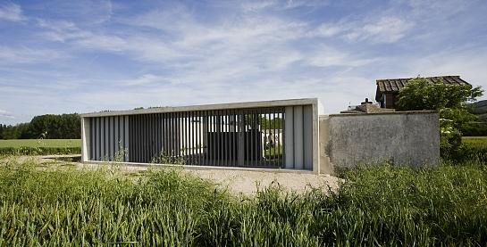 Pabellón acceso + ampliación Cementerio Asiain . Asiain . Navarra . España