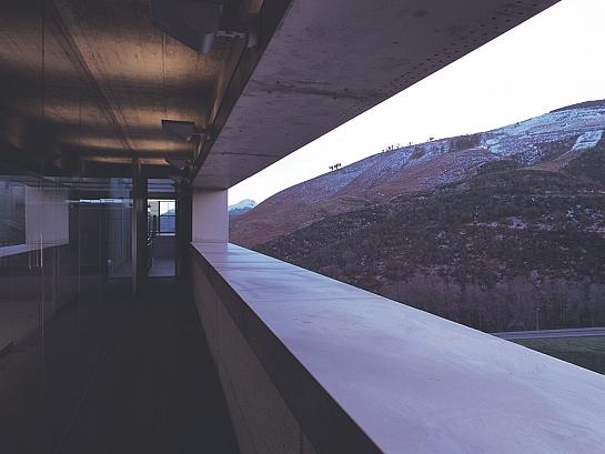 Centro de control de túneles en Piedrafita . Piedrafita . Asturias . España