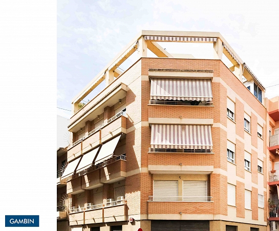 Edificio de 4 viviendas . Alicante . Alacant . España