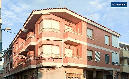 Edificio de 6 VPO . Pinoso . Alacant . España