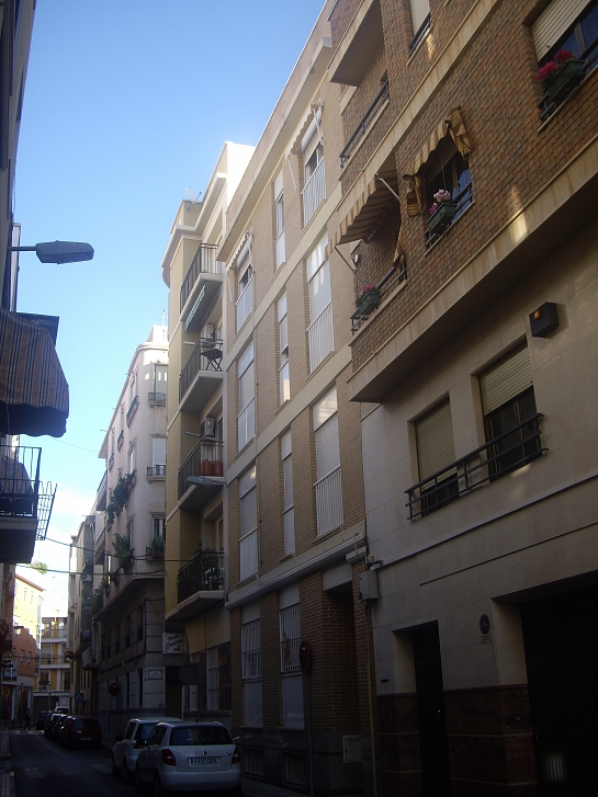 Edificio para 4 Viviendas entre medianeras . Elche . Alacant . España