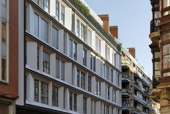 66 Viviendas en Calle Gardoki de Bilbao . 2008