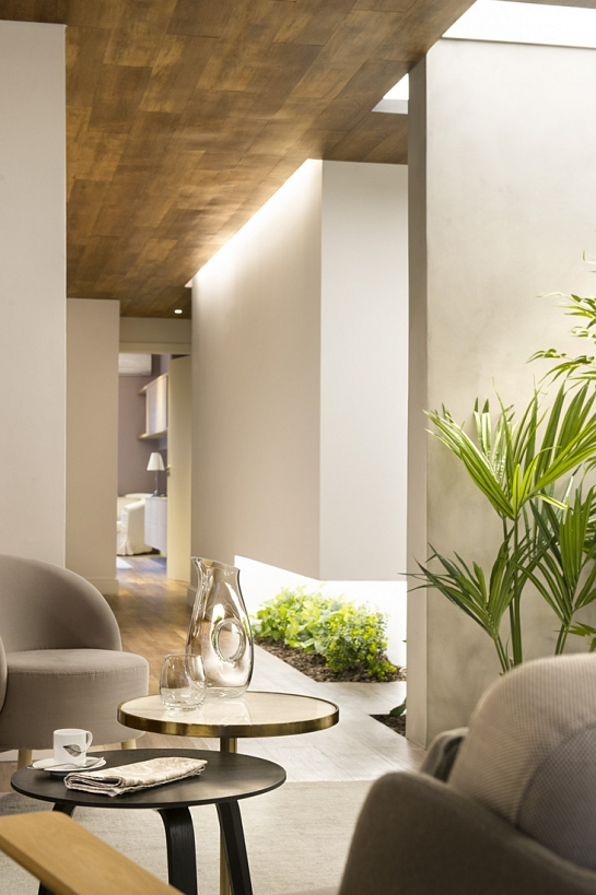 Suite for 10 . Barcelona . Barcelona . España