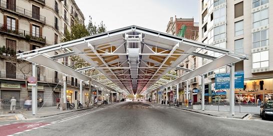 Mercado provisional del Dominical de Sant Antoni . Barcelona . Barcelona . España